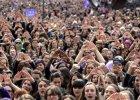 Para que multidões ocupassem as ruas em dezenas de cidades, no 8 de Março, foi preciso onze meses de preparação, muita criatividade, acordos. Veja relato e fotos