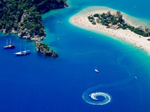 20 Most Popular Beaches In The World