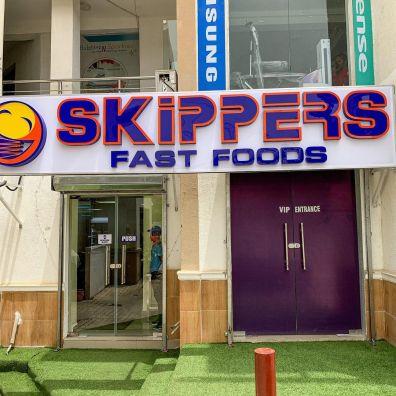 Skipper Fast Food