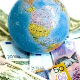 Nouriel Roubini: dilemas da crise econômica global