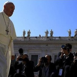 Papa Francisco anuncia no capítulo na guerra à pedofilia