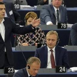 Tsipras no Parlamento Europeu: povo grego foi corajoso e defendeu a democracia