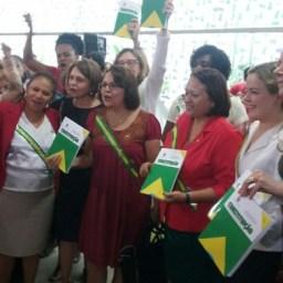 Presidenta Dilma reúne-se com parlamentares pró-democracia