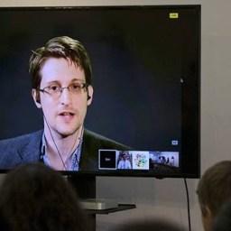 Edward Snowden ironiza regime de Washington