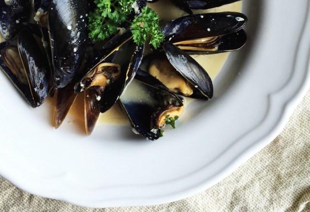 Mussels in Aquavit