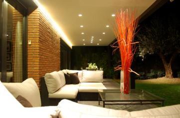 Iluminación exterior porche
