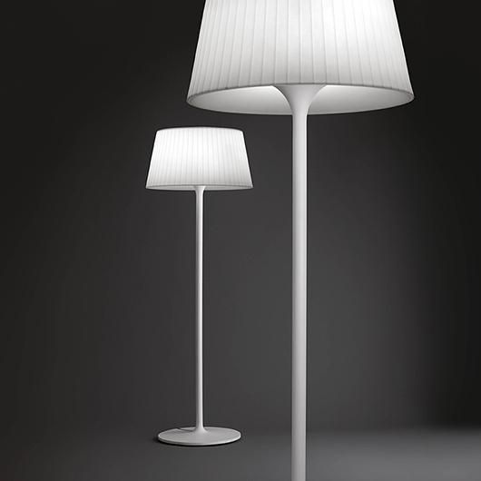 Lámpara de pìe exterior de diseño