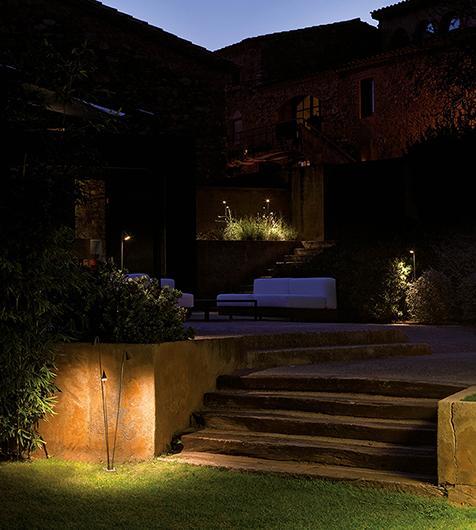 iluminación exterior con baliza led