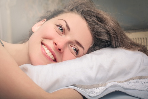 """"""" คิดบวก """" ก่อนนอนทุกคืนจะช่วยปรับให้ชีวิตคุณดีขึ้นได้ 🤔🤓😎🥱😴🌅✊🏻💪🏻👌🏻"""