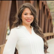 Veronica Cisneros provides anxiety help and depression treatment specializing in women's counseling in Temecula, CA.
