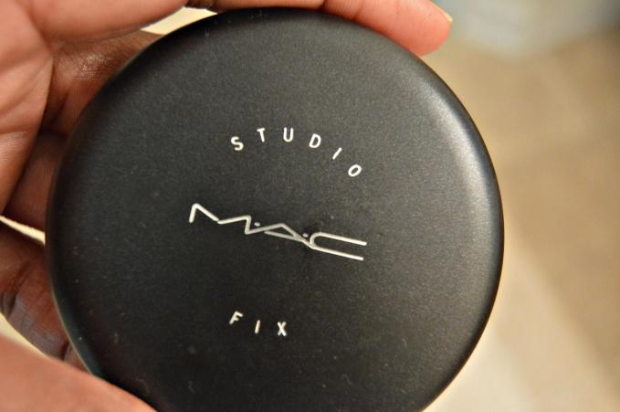 Studio MAC Fix My only words.... I am In love! This foundation will have your skin flawless! |BUY HERE|