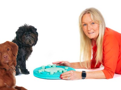 nina ottosson with dogs