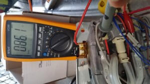 testing a delonghi coffee machine element