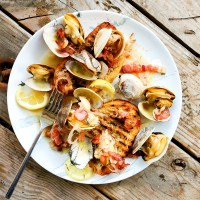 Steamer Clams in White Wine with Bacon & Fennel