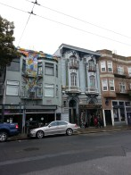 Haight-Ashbury district in San Francisco. Le quartier de Haight-Ashbury à San Francisco.