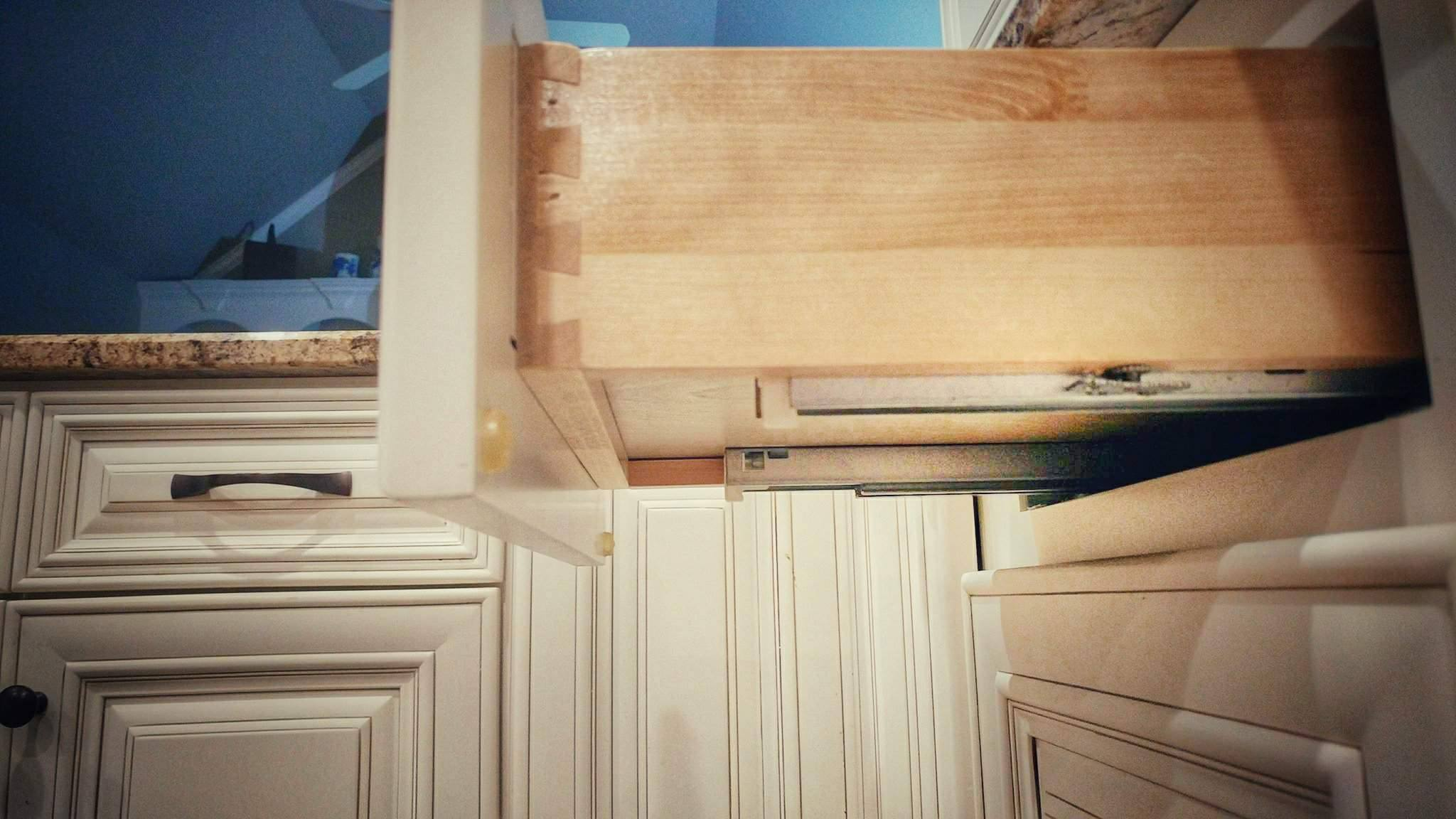 Benefits Of Soft Closures For Drawers And Cabinets