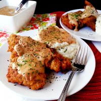 chicken fried steak fingers with country gravy