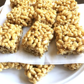 Honey Sweetened Brown Rice Krispie Treats