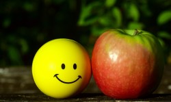 apple smiley face