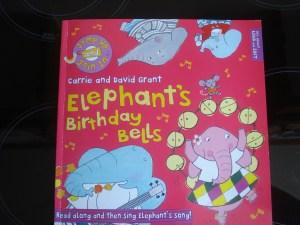 www.over40andamumtoone.com Elephant's Birthday Bells