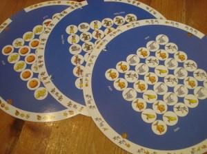 Blue Picture Pattern Puzzle Discs