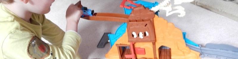 Thomas and Friends Take-n-Play Roaring Dino Run Playset