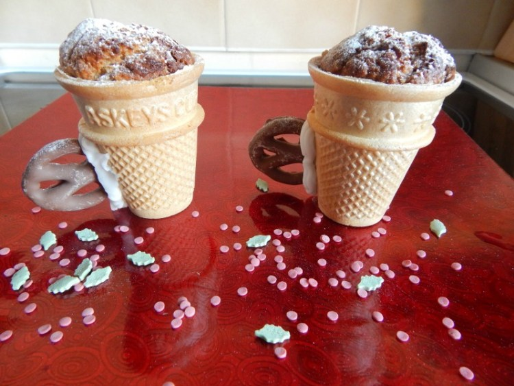 Edible teacups with a Christmas twist