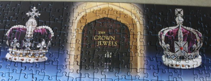 Ravensburger Historic Royal Palaces The Tower of London 1000pc Jigsaw Puzzle