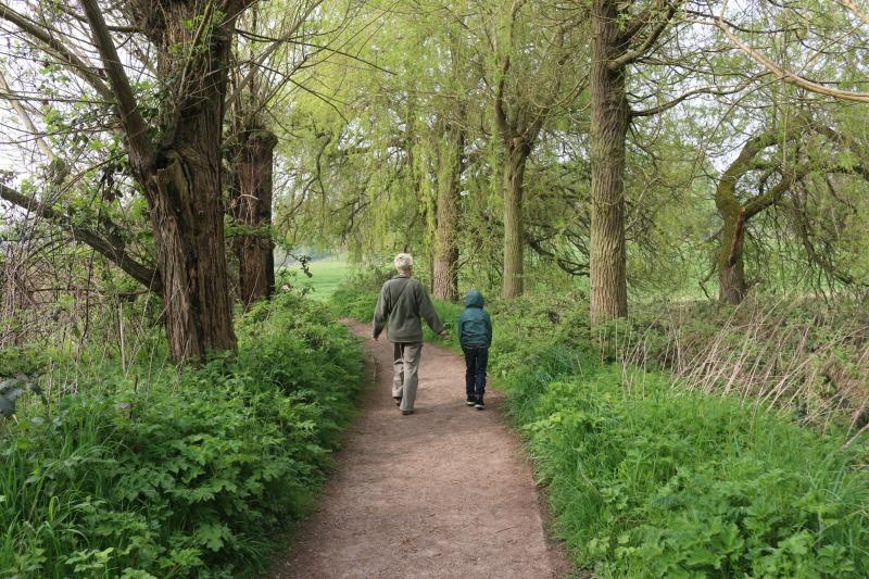 Walking around Staunton Harold Reservoir
