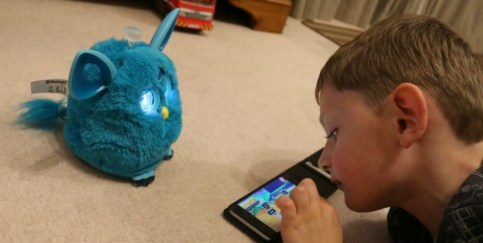 making-friends-with-furby-connect-