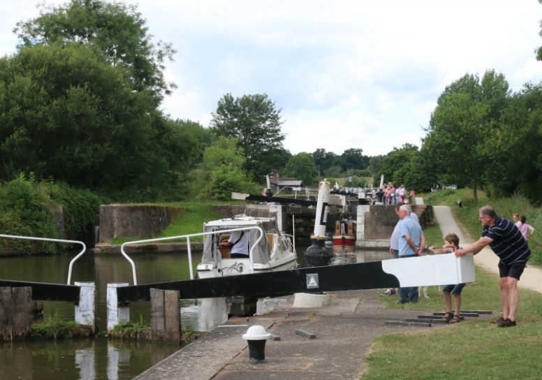 An afternoon at Hatton Locks