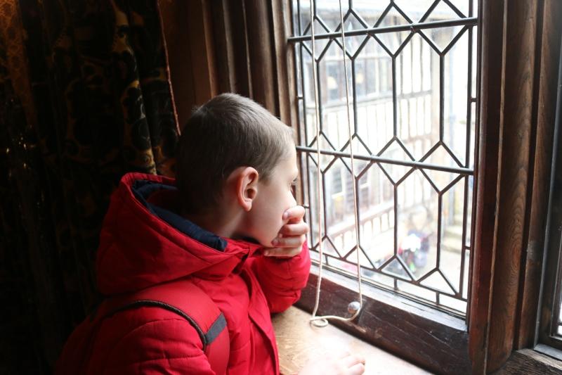 Exploring Hever Castle