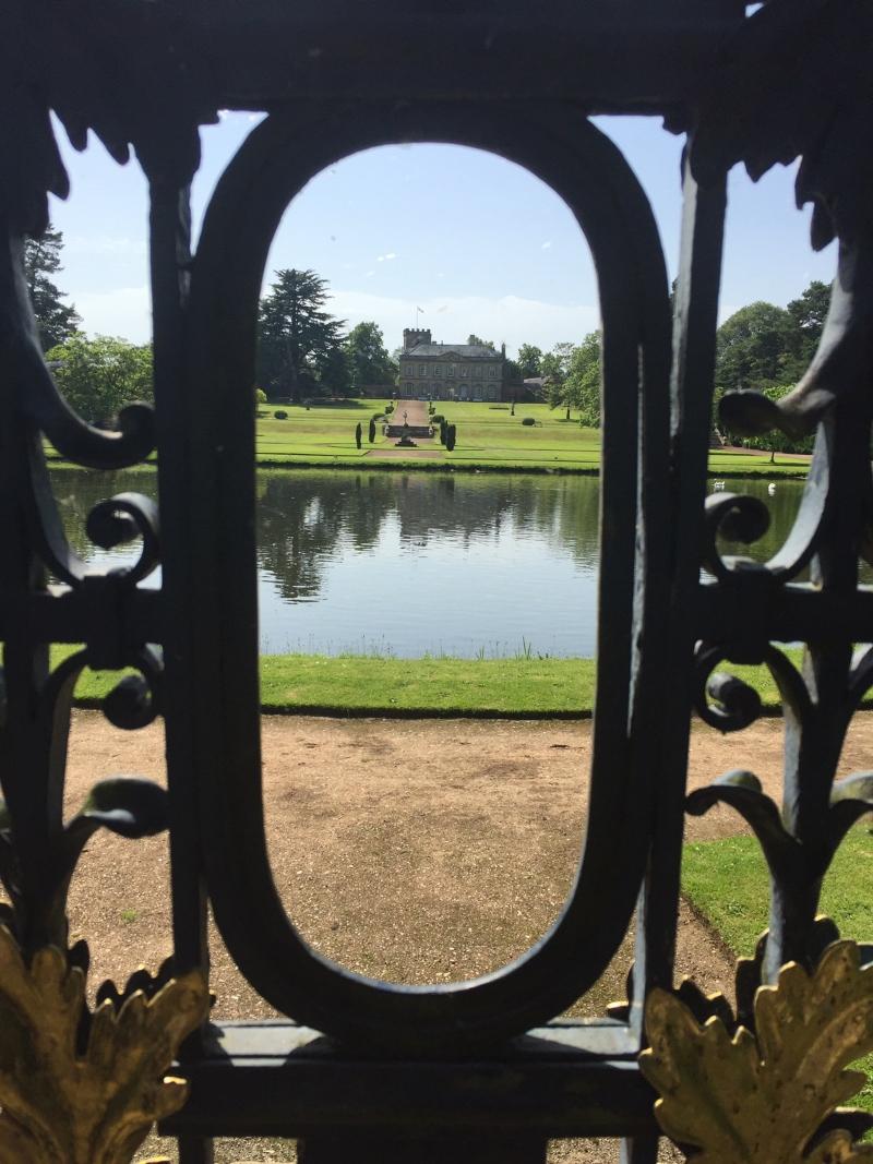 Exploring Melbourne Hall Gardens