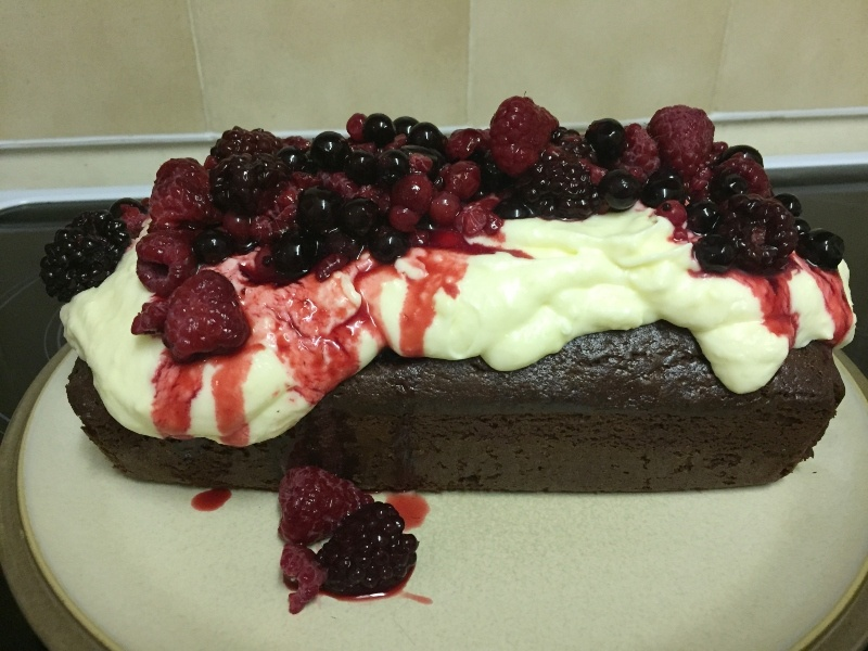 Red Velvet frosted loaf with berries