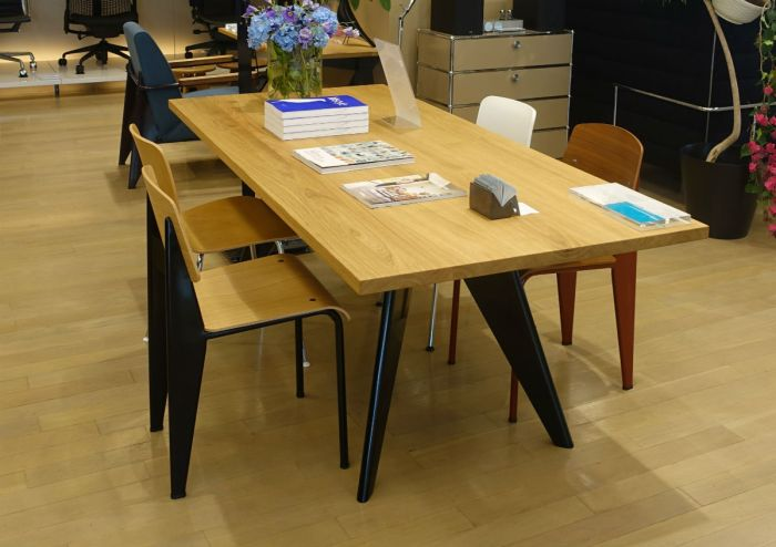 hhstyle 青山 table and chair