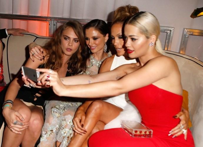 Rita-Ora-snapped-selfie-J-Lo-Cara-Delevingne-Georgina