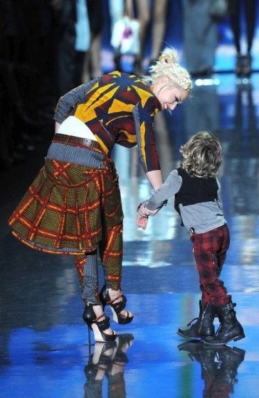 Gwen Stefani and Kingston Rossdale at L.A.M.B., 2010