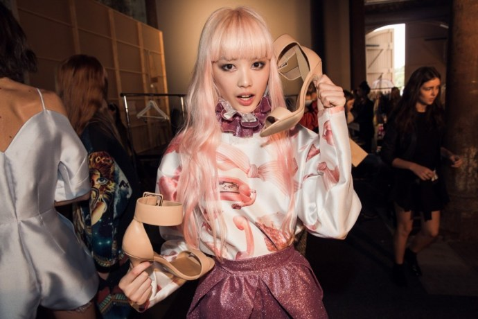 Alice-McCall-backstage-MBFWA-2014-Fernanda-with-Nasty-Gal-shoes__credit-Daniel_Boud-072