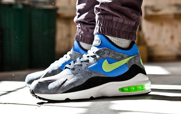 size-x-Nike-Air-Max-93-Flash-Lime-Game-Royal-2