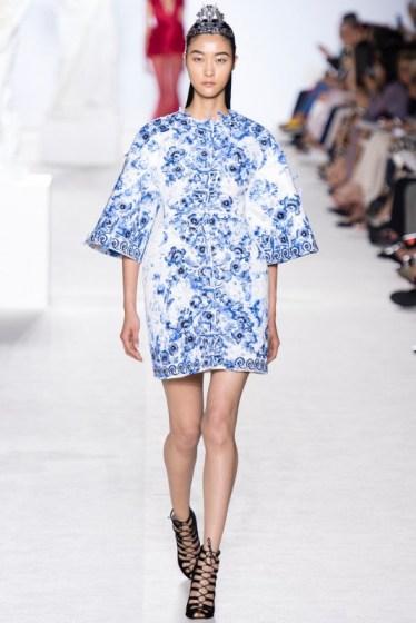 met-gala-china-influences-on-fashion-05