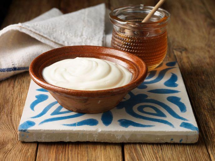nrm_1423251286-rbk-greek-yogurt