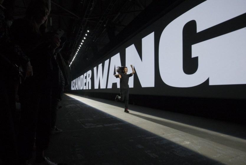 00-wang-embed