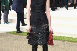 LONDON, ENGLAND - SEPTEMBER 21:  St Vincent attends the Burberry Womenswear Spring/Summer 2016 show during London Fashion Week at Kensington Gardens on September 21, 2015 in London, England.  (Photo by Stuart C. Wilson/Getty Images for Burberry) *** Local Caption *** St Vincent