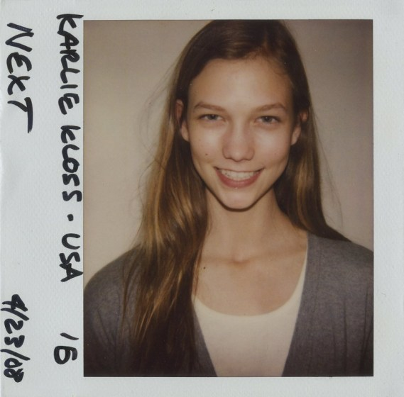 model-polaroid-archives-karlie-kloss-01