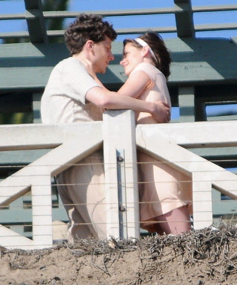 51831760 Actors Kristen Stewart and Jesse Eisenberg are spotted locking lips while filming a scene for an Untitled Woody Allen Project in Santa Monica, California on August 24, 2015. This is the first time Allen has filmed a movie in Los Angeles since 1977's 'Annie Hall.' FameFlynet, Inc - Beverly Hills, CA, USA - +1 (818) 307-4813