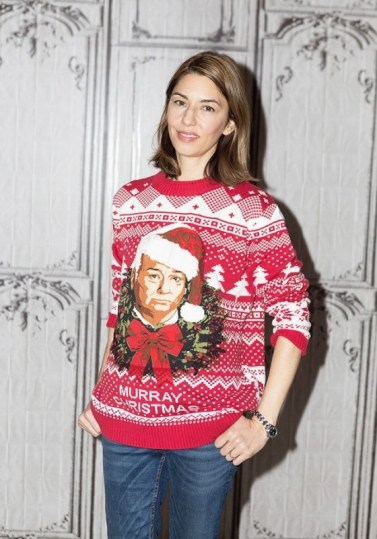 the-top-5-celebrity-ugly-christmas-sweater-moments-1591364-1449775422.640x0c