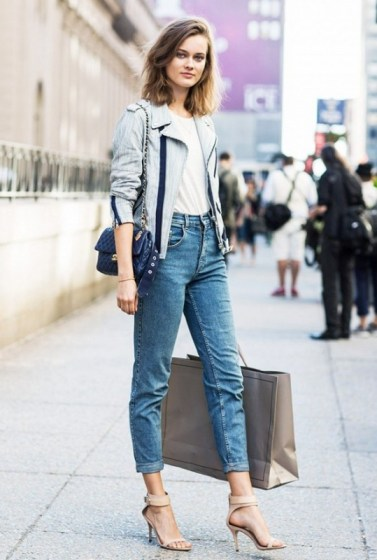 how-to-wear-jeans-and-a-t-shirt-every-single-day-1709667-1458933222.640x0c