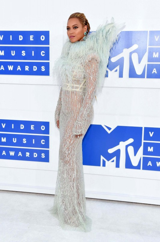 beyonce-2016-mtv-vmas-best-dressed