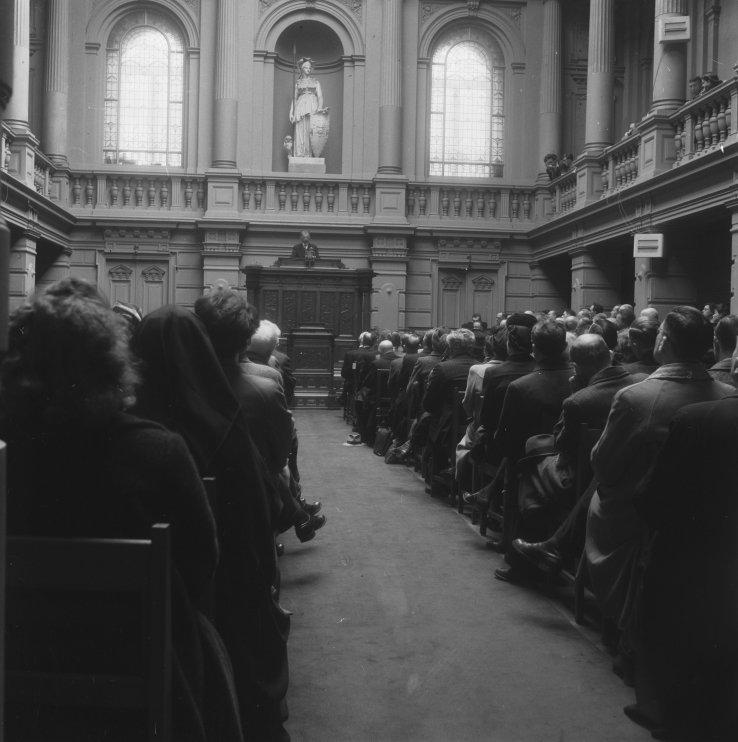 Openingsrede van professor Pos tijdens het philologisch congres op 25 april 1946. (Nationaal Archief CC-BY)