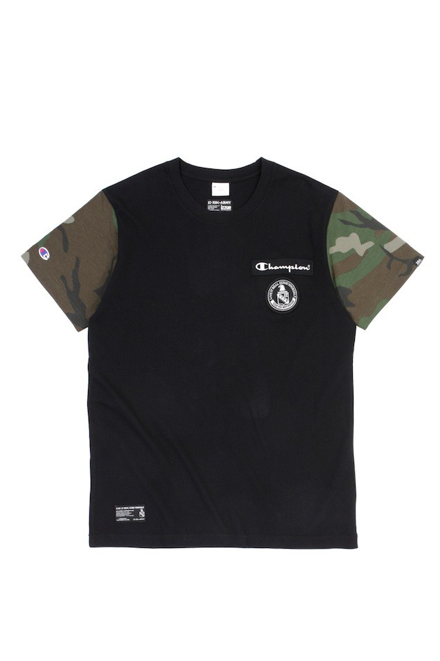 ARMYXCHAM BADGE TEE BKX $399